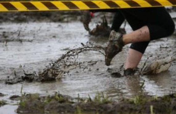Top 10 Obstacle Course and Mud Run Health Benefits